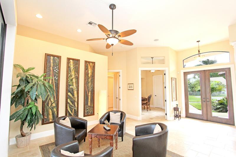 2 schlafzimmer pool haus grundrisse wellness cape coral grundriss der florida villa water crown für bis personen